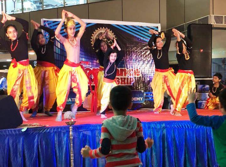 मोहक, दून डान्स चैम्पियनशिप, क्रॉस रोड मॉल, नटराज डान्स एंड म्यूजिक एकेडमी
