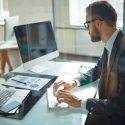 ऑफिस, नौकरी, 'इम्प्लाई ऑफ द मंथ', पुरस्कार