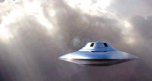 नए साल, यूएफओ, एलियन, पृथ्वीो, अनआइंडेटिंफाइड ऑब्जेरक्ट
