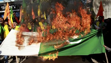 पाकिस्तानी झंडा जलाएंगे,पुलवामा,पाकिस्तान का झंडा,लाइटर फ्री,पाकिस्तानी झंडा जला